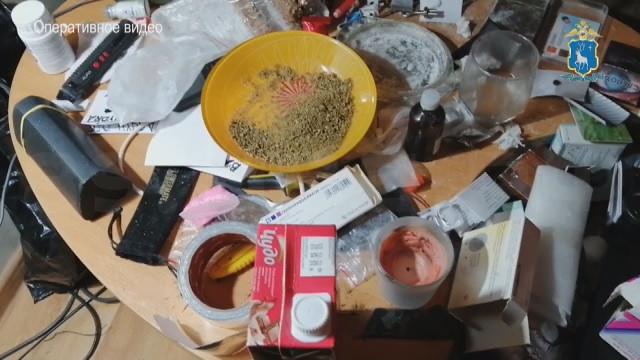 Новоуренгойские полицейские обнаружили нарколабораторию