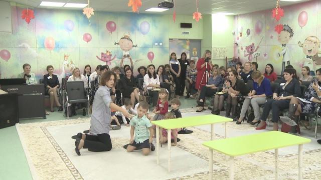 Победитель конкурса «Воспитатель России – 2018» провела мастер-класс для новоуренгойских педагогов