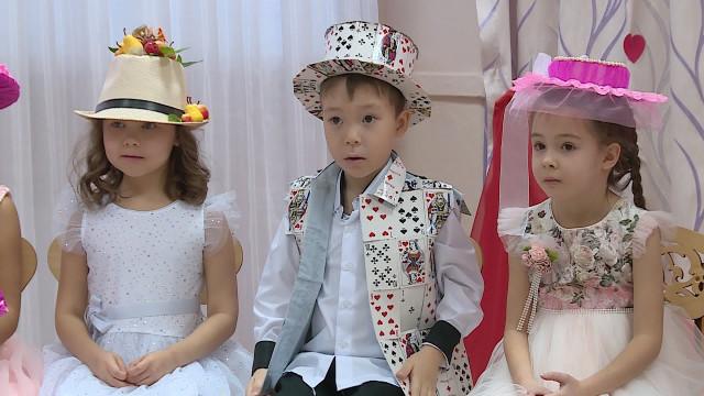 Вдетском саду «Огонёк» прошёл парад шляп