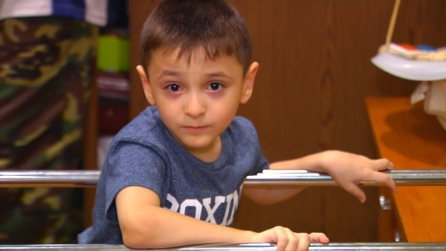 Новоуренгойцы могут помочь 7-летнему жителю Югорска Рамилю Рустамову