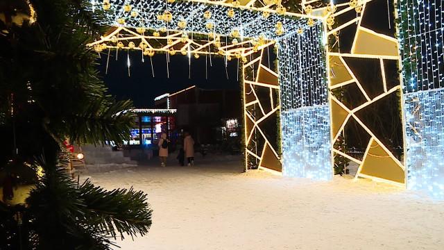 Газовую столицу украшают кНовому году
