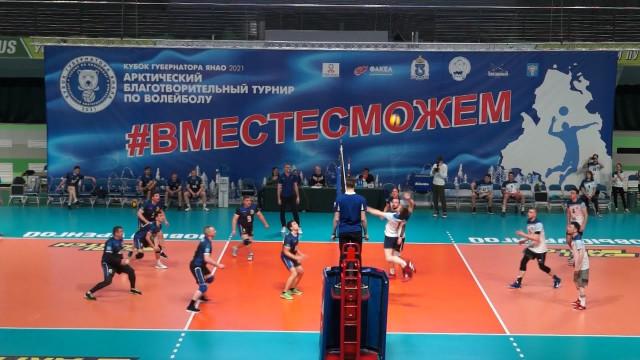 Команда администрации города «Ночные совы» провела первый матч врамках «Кубка Губернатора Ямала»