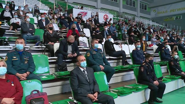 Дмитрий Артюхов встретился сжителями Нового Уренгоя иответил насамые значимые вопросы
