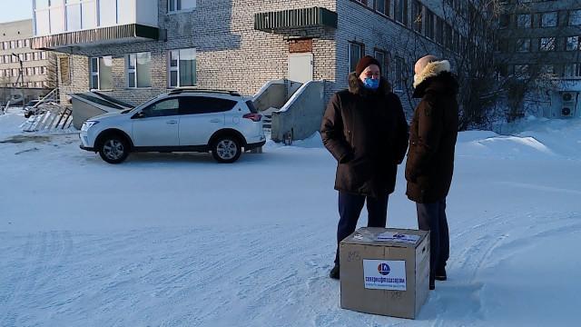 ОАО «Севернефтегазпром» передало центральной городской больнице дорогостоящий препарат «Актемра»