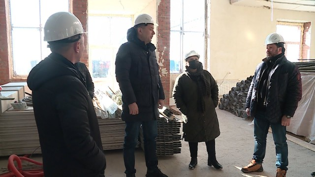 Глава Нового Уренгоя Андрей Воронов оценил строительство социальных объектов врайоне Коротчаево