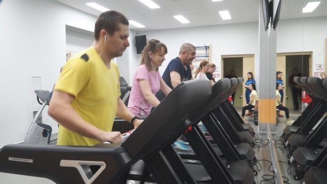 Более 300 новоуренгойцев приняли участие влегкоатлетическом благотворительном марафоне