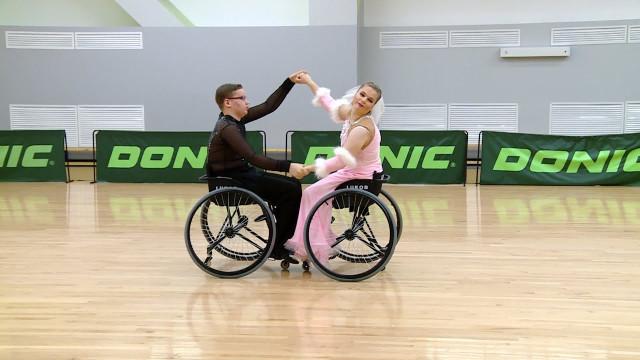 Новоуренгойские спортсмены готовятся кКубку России потанцам наколясках