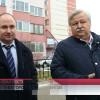 Глава города Иван Костогриз оценил санитарное состояние дворов имикрорайонов Нового Уренгоя.