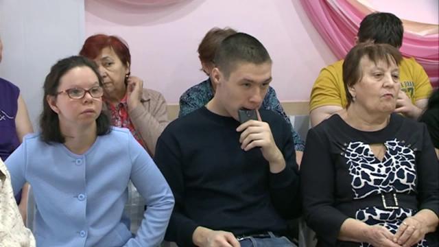 Депутаты городской думы встретились спенсионерами.