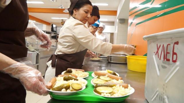 Поручение Президента РФогорячем питании школьников успешно работает наЯмале