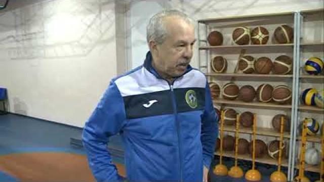 Главный специалист Союза Федераций футбола Урала иЗападной Сибириоценил развитие мини-футбола вшколах Нового Уренгоя.