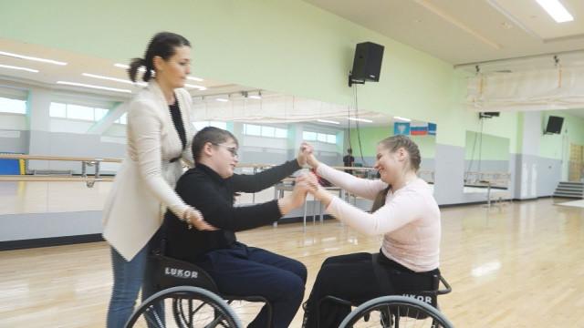 15-летний Кирилл Кудряшов пополнил ряды танцоров-колясочников