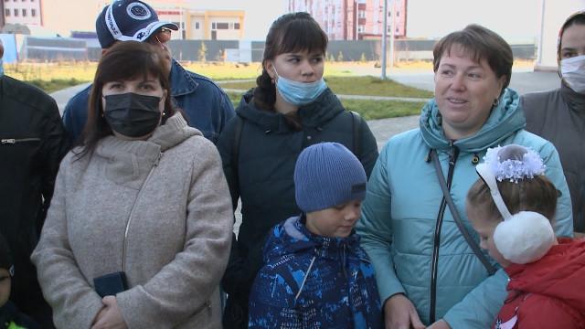Депутаты Городской Думы встретились сжителями Коротчаево ивнесли вклад вблагоустройство района