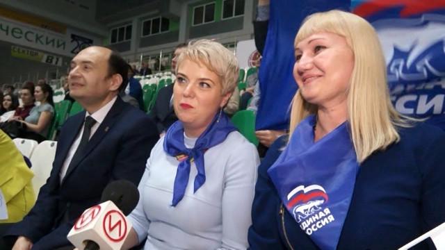 В Новом Уренгое стартовал второй благотворительный турнир по волейболу «Кубок Губернатора Ямала»