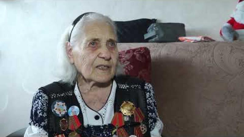 Ветеран Великой Отечественной войны Елена Игнатьевна Иващенко отмечает юбилей