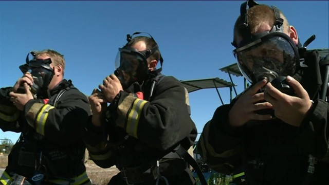 Пожарные новоуренгойского гарнизона приняли участие вежегодных соревнованиях.