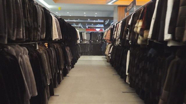 Меховая фабрика «Ангелина СЭМ» предлагает новоуренгойским модницам меховые новинки