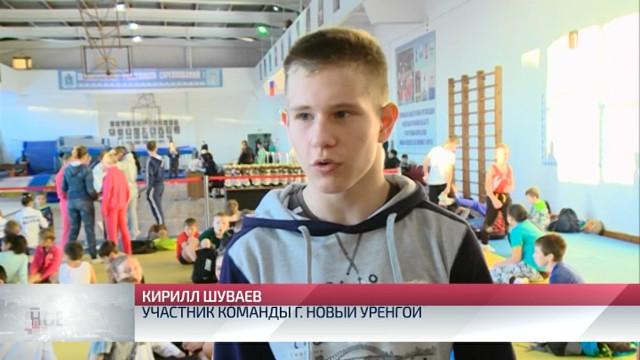 ВКоротчаево состоялось открытое первенство Ямала попрыжкам набатуте, акробатической дорожке идвойном минитрампе.