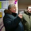 Главе города Ивану Костогризу показали образцовый подъезд.