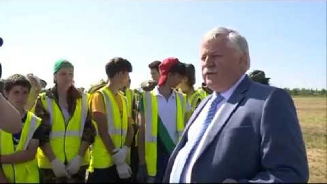 Глава города Иван Костогриз посетил предприятия, которые предоставили рабочие места подросткам.