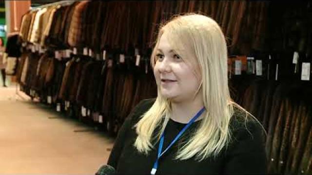 Вторгово-развлекательном центре «Солнечный» открылась выставка-продажа меховых изделий «Ангелина Сем».