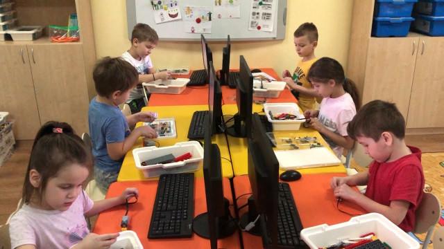 Вдетском саду «Непоседы» воспитанников учат программировать исоздавать мультфильмы