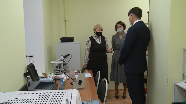 Вгостях усредней школы №3побывал Депутат Государственной ДумыРФ
