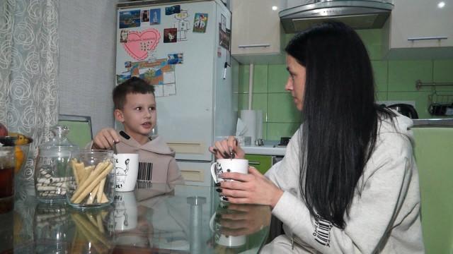 Социальная выплата помогает молодым семьям приобрести жильё