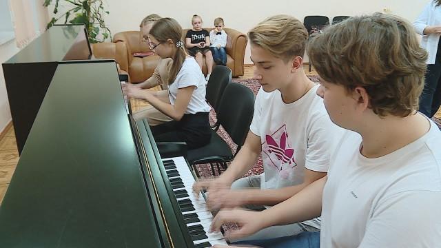 Учащиеся детской школы искусств №2 стали лауреатами международного конкурса «Санкт-петербуржские ассамблеи искусств»