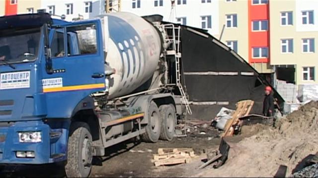 Первый заместитель губернатора Ямала Алексей Ситников посетил строящиеся объекты района Коротчаево.