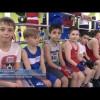 Спортсмены окружной школы бокса проводят отбор всборную команду города.