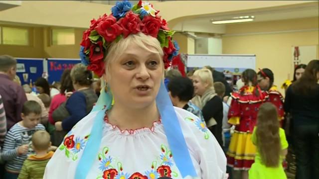 Вкадетской школе имени героя РФВладимира Шарпатова состоялся III фестиваль национальных подворий.