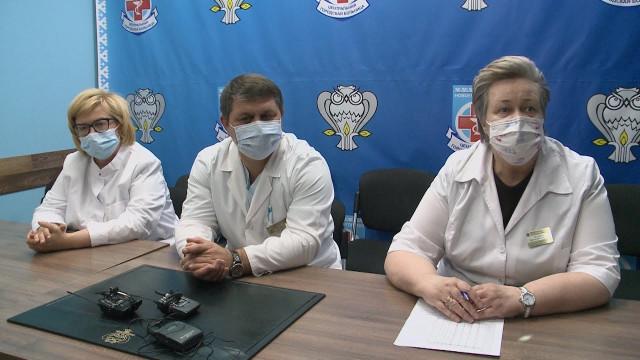 Ряды новоуренгойских борцов сCOVID-19 пополнили 24специалиста изТюмени