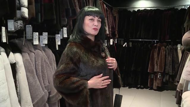 Меховая фабрика «Ангелина СЭМ» предлагает новоуренгойцам выбрать кпразднику стильную шубу