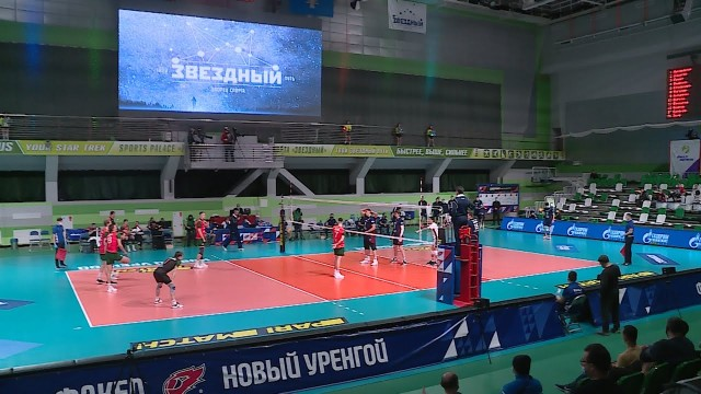 Вдвух домашних матчах волейболисты «Факела» обыграли «Локомотив» изНовосибирска
