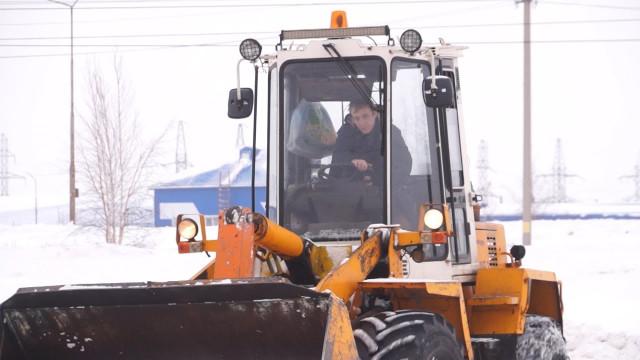 Заскладирование снега вводоохраной зоне арендаторов муниципальной земли накажут рублём