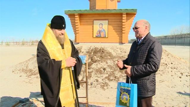 Архиепископ Салехардский и Новоуренгойский Николай освятил часовню Николая Чудотворца
