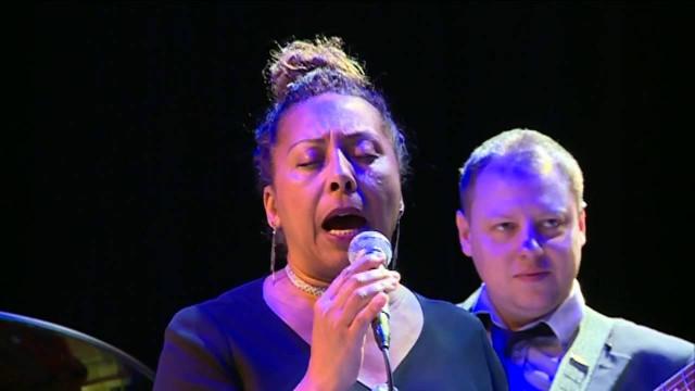 ВНовом Уренгое сконцертом побывали Элизабет Контоману иквартет Алексея Черемизова.